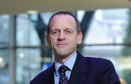 Dr Damian Ward Hertfordshire